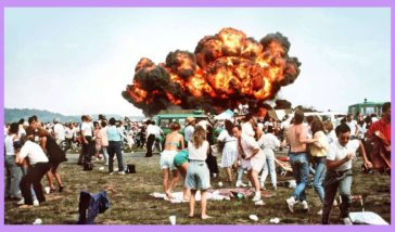 The moment where a aircraft crashed into the crowd at the Ramstein airshow in germany after a mid-air collision with two other planes, the disaster killed 70 and injured more than 500. August 28 1988.