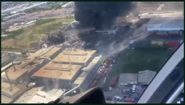 Fly over of the chemical factory that exploded this morning in Samut Prakan, Thailand 5/7/21